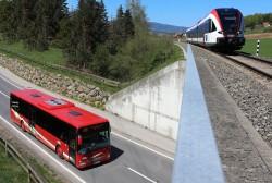 Bus und Zug klein
